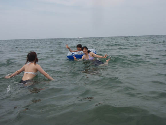 海の中でキーン